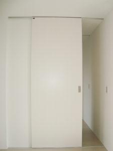 エクリュ 柳川 大きいドア